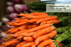 Brattleboro-FarmersMarket-carrots