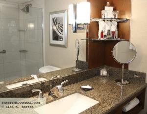 StamfordMarriott-bathroom