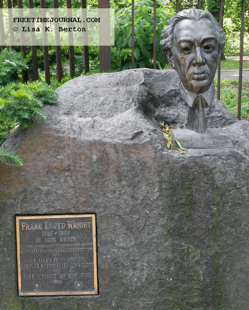 Bust of Frank Lloyd Wright in Oak Park